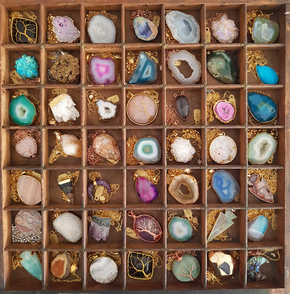 A Virtual Upmarket Gemstone Sale - For Your Mother