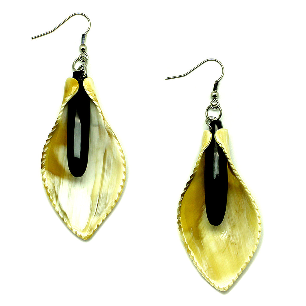 Charismatic Wanderlust Collection - Horn Earrings Lilies - Soul Made Boutique