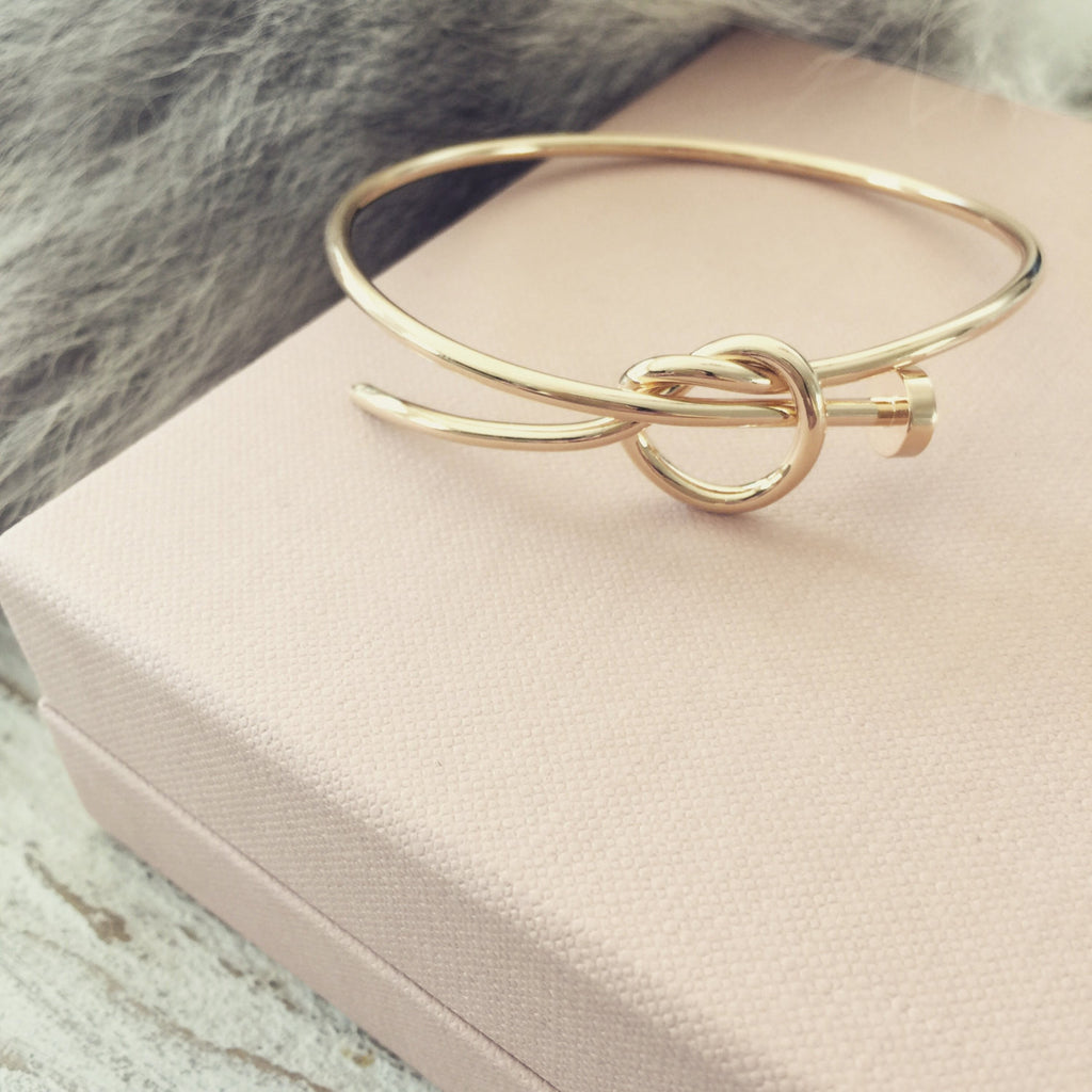Classic Love Knot Bangle - Soul Made Boutique