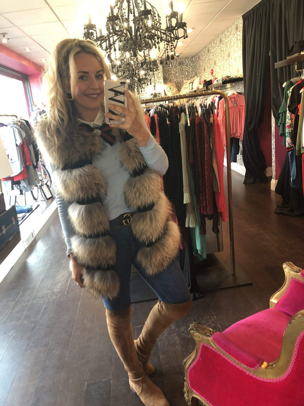 Small-Natural-Women's Medium Length Raccoon Fur Women's Gilet - Various Colours-Havetolove.com