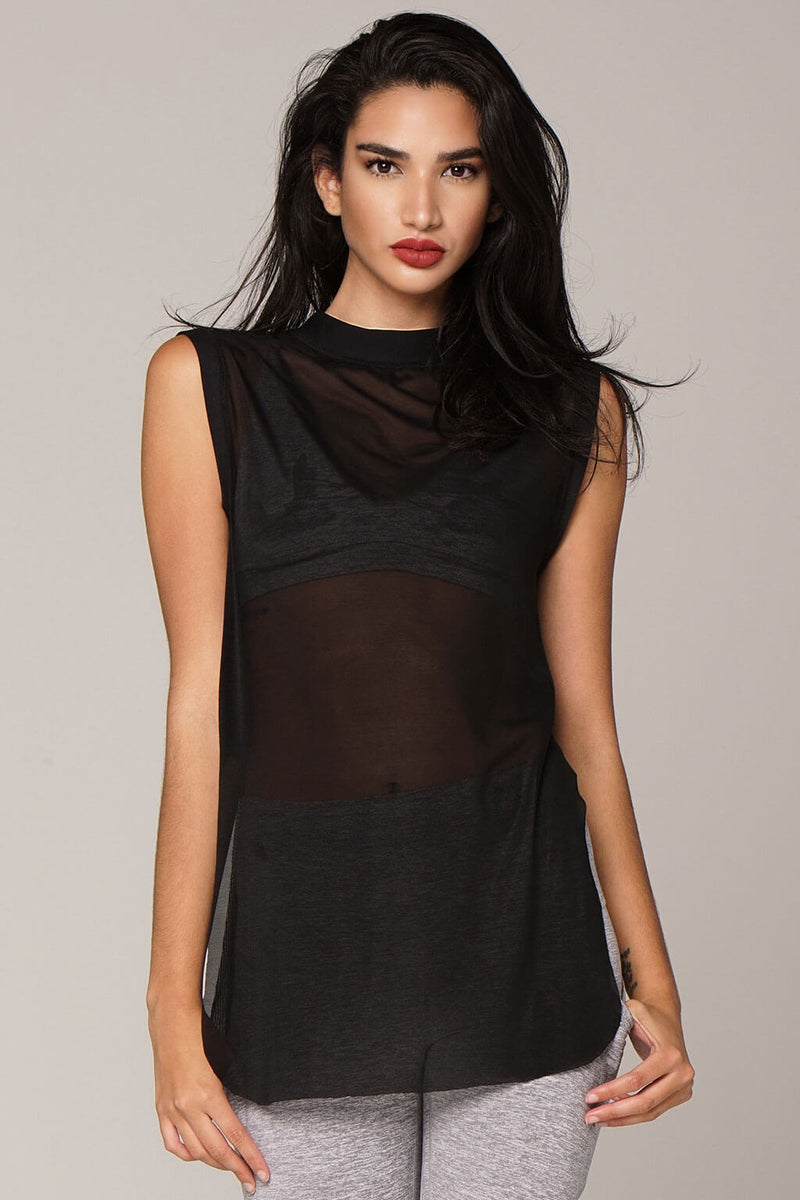 front view borderline mesh top in black