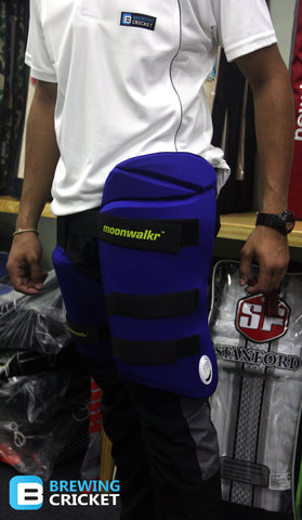 MoonWalkr - Junior Thigh Guard