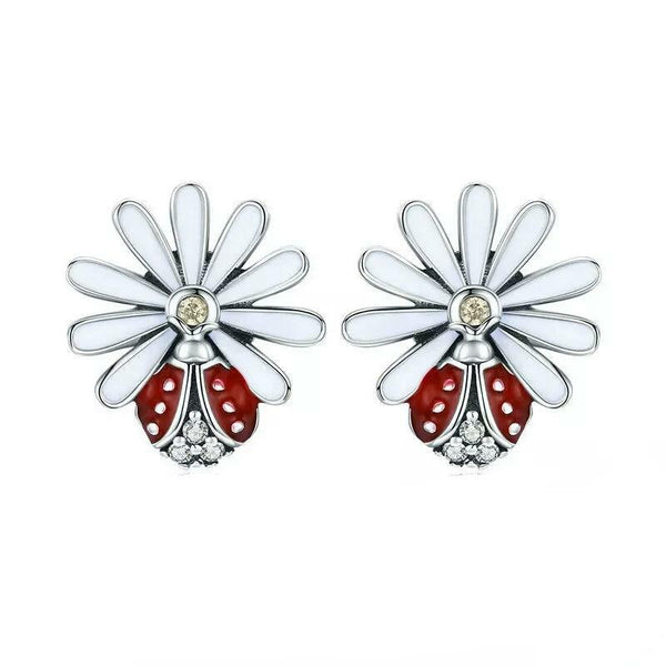 Lady Bird Daisy Earrings