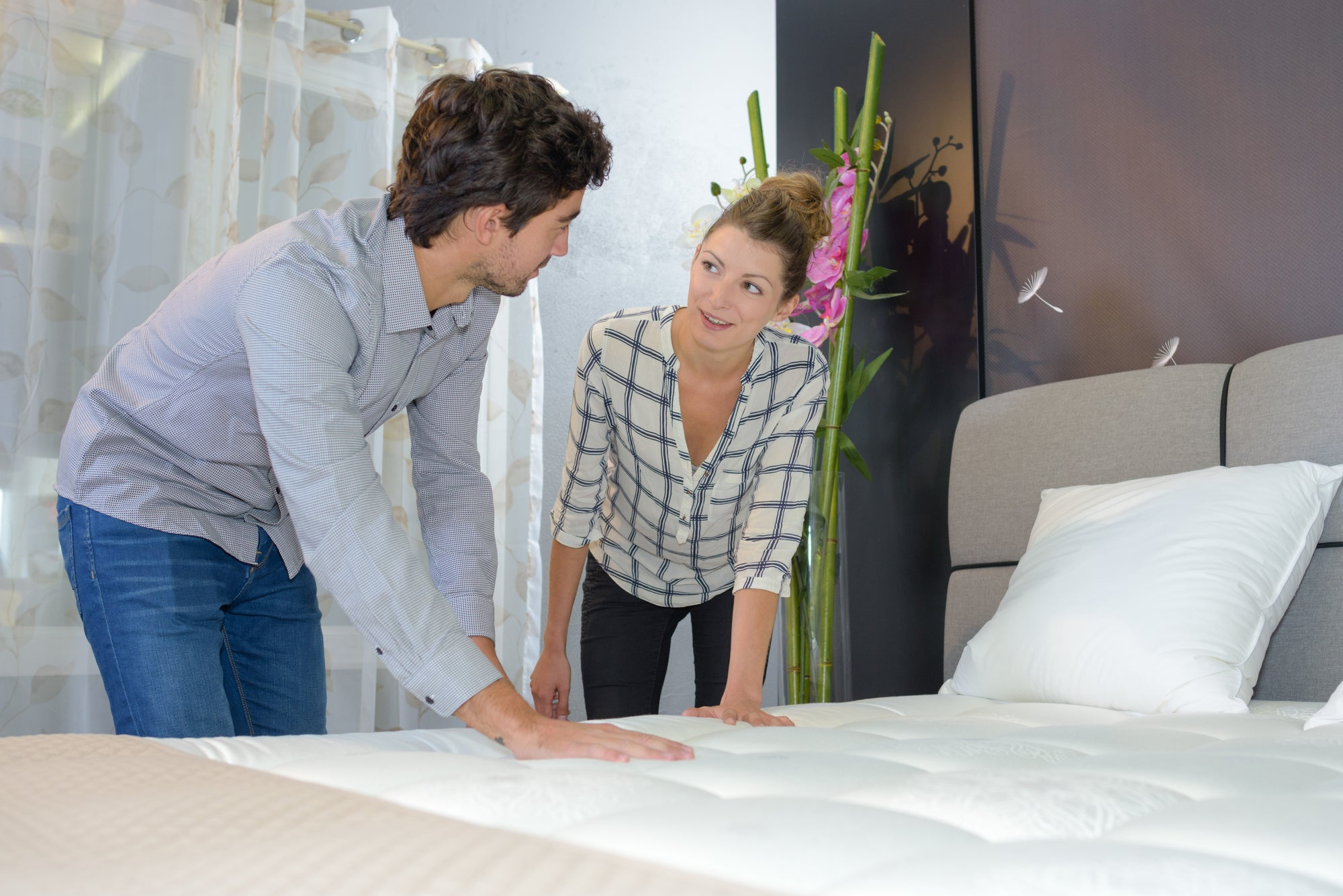 Hybrid Latex Mattress vs. All Natural Latex Mattress