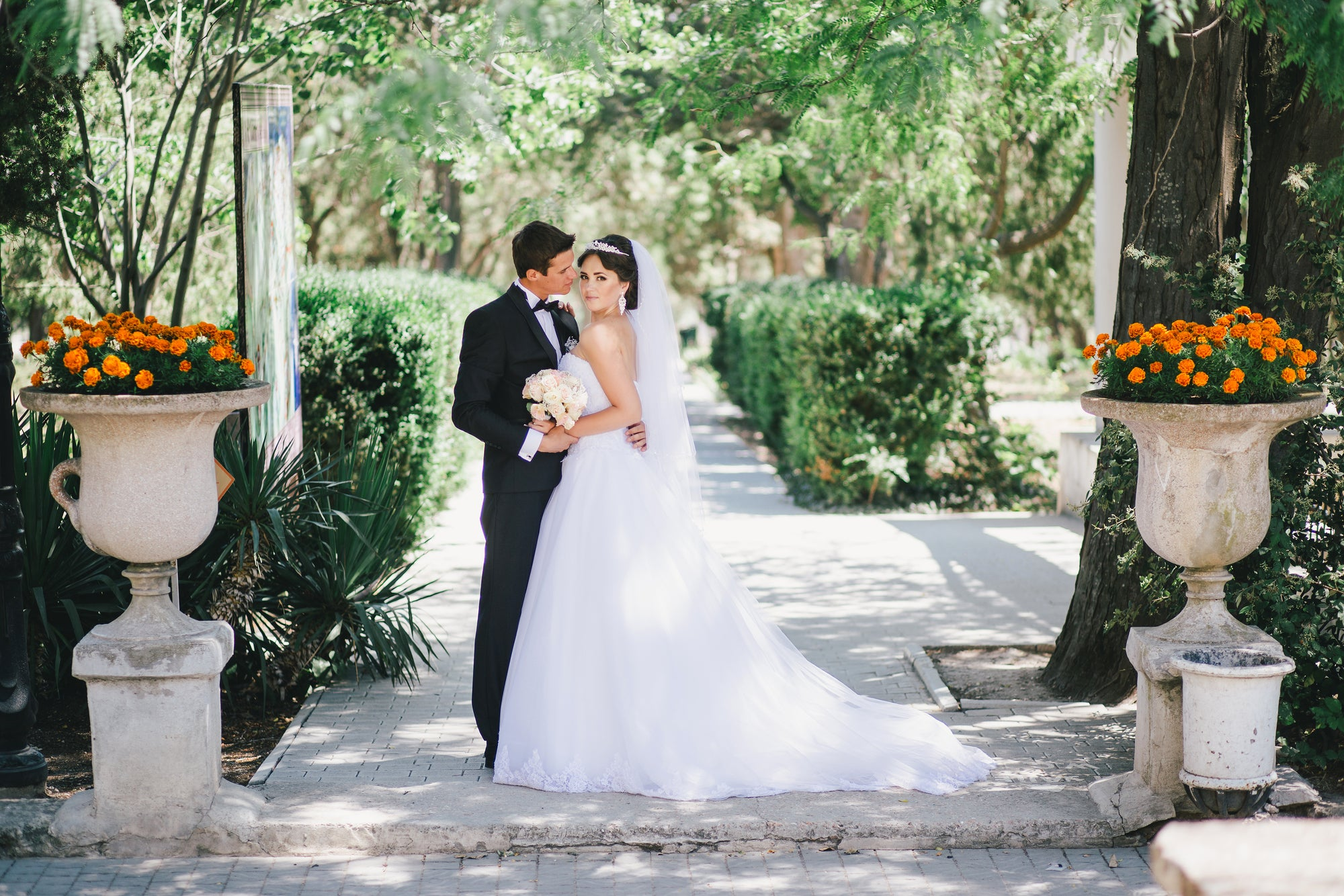 7 Ways Brides and Grooms Integrate Sustainability Into Their Weddings