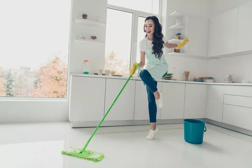 10 Ways to Spring Clean Your Home Naturally