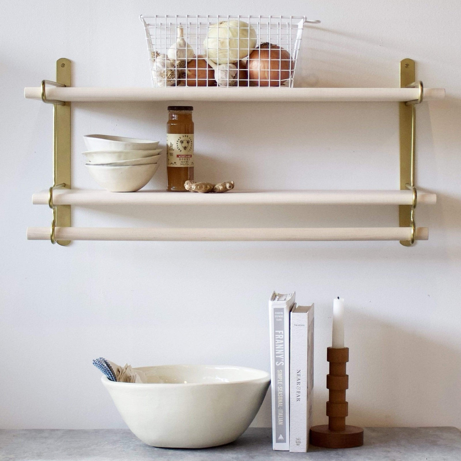 Lostine Wall Decor Brass Logan Wall Rack, Double