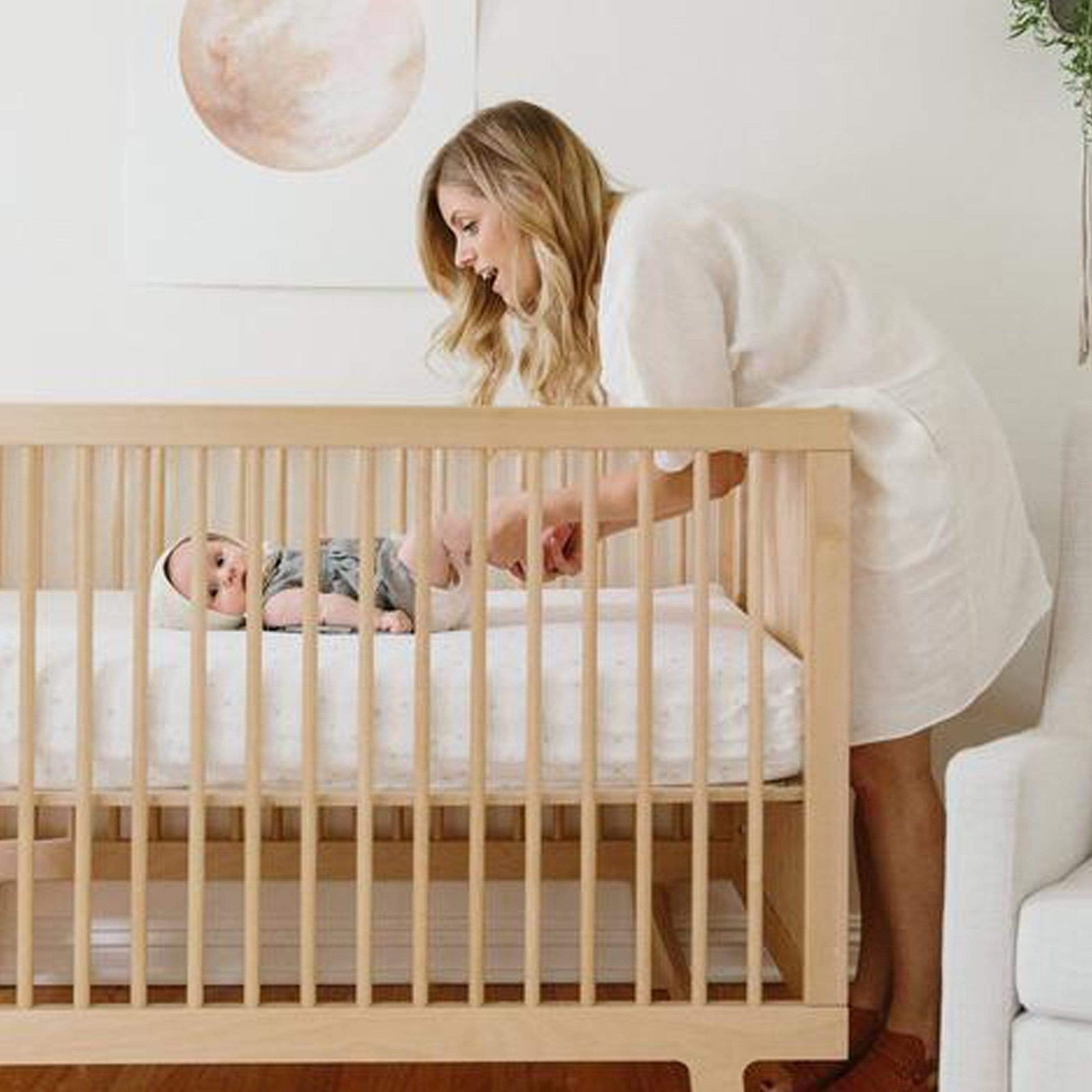 Oeuf Furniture Sparrow Crib