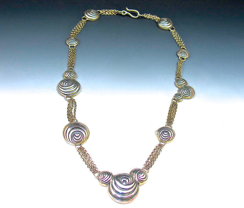 Astrid Op Art circle necklace