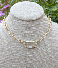 Load image into Gallery viewer, Luxe Dainty Taylor Clasp Necklace
