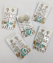 Load image into Gallery viewer, Bride Shimmer Earrings