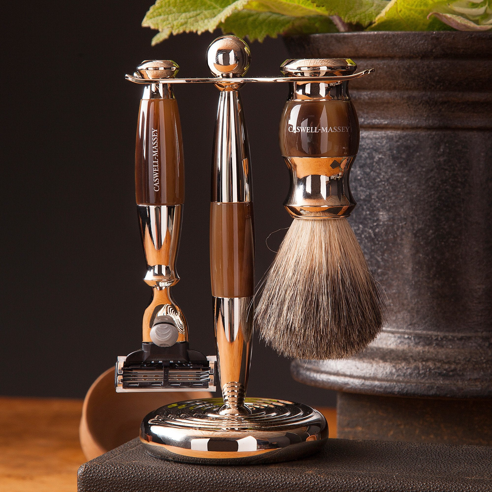Three-Piece Faux Horn Shaving Set