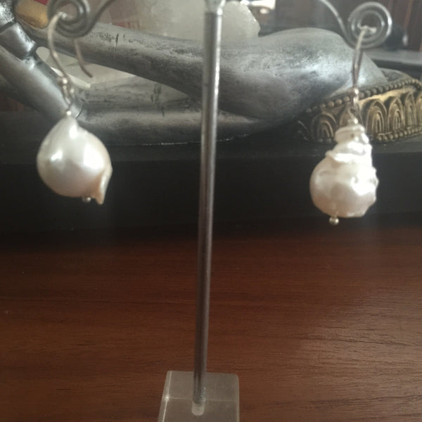 Natural Baroque Pearl Earings