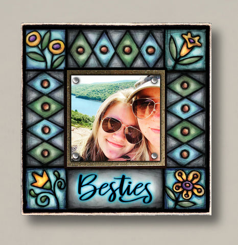 Besties Small Frame