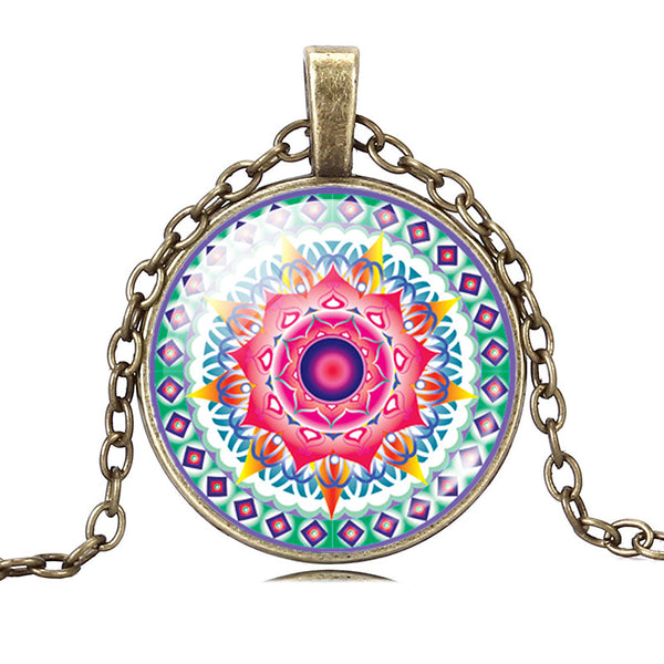Geometric Mandala Glass Necklace - The Gorillas Den