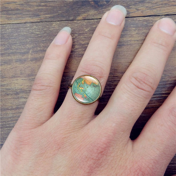 The World At Your Finger Tips - Vintage Adjustable Ring