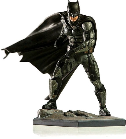 Justice League (2017) - Batman 1:10 Scale Statue - Pre-Order