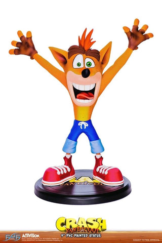 "Crash Bandicoot - Crash Bandicoot 9"" Vinyl Statue"