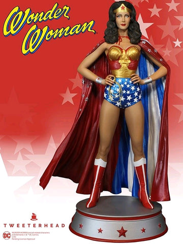 Wonder Woman - TV Series Wonder Woman in Cape Variant Maquette Statue - Pre-Order