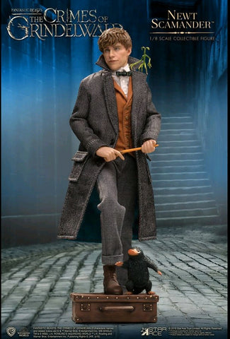 Fantastic Beasts 2: Crimes of Grindelwald - Newt Scamander 1:8 Scale Action Figure - Pre-Order
