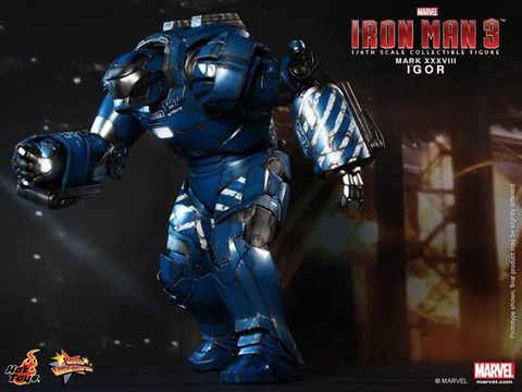Iron Man 3 - Iron Man Mark XXXVIII Igor 1:6 Scale Action Figure