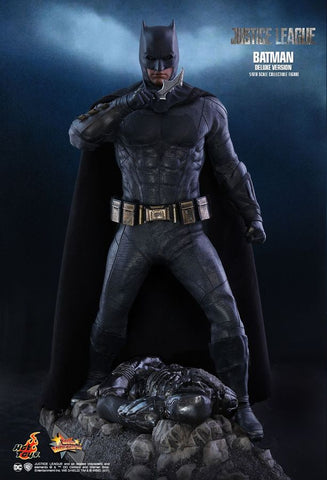 "Justice League (2017) - Batman Deluxe 12"" 1:6 Scale Action Figure - Pre-Order"