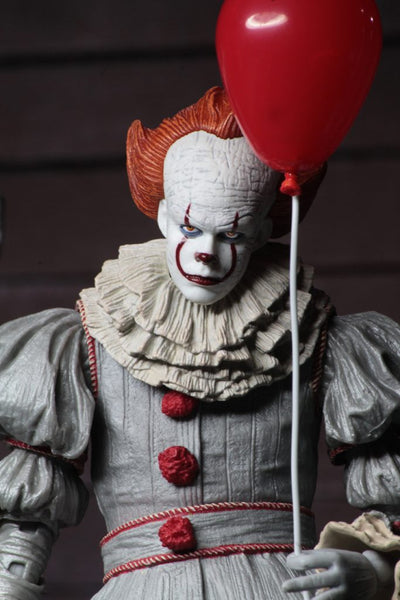 "It (2017) – Ultimate Pennywise 7"" Scale Action Figure"