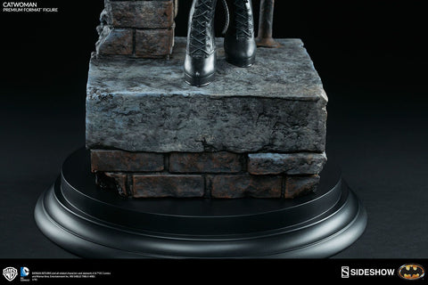 Batman Returns - Catwoman Premium Format 1:4 Scale Statue