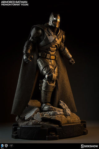 Batman v Superman: Dawn of Justice - Armored Batman Premium Format 1:4 Scale Statue