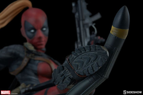 Deadpool - Lady Deadpool Premium Format 1:4 Scale Statue