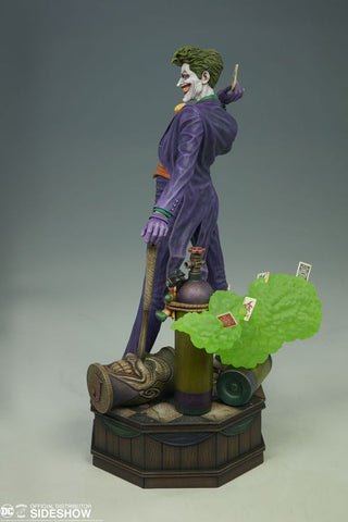 Batman - The Joker Super Powers 15 Inch Maquette - Pre-Order