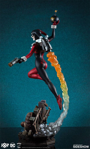 Batman - Harley Quinn Super Powers 18 Inch Maquette - Pre-Order