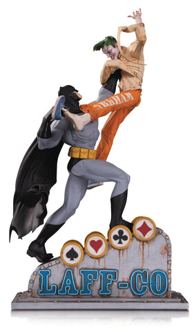 Batman - Batman vs Joker Laff Co Statue - Pre-Order