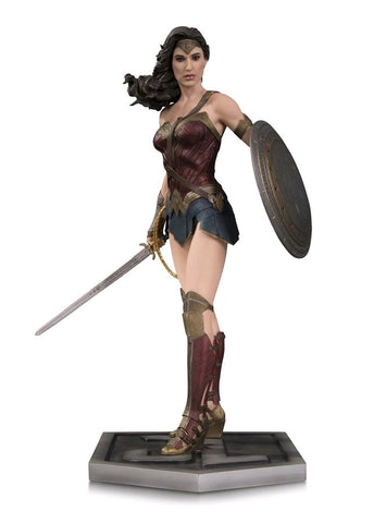 Justice League (2017) - Wonder Woman Statue - Pre-Order