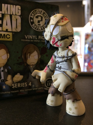 The Walking Dead - Loose Mystery Mini Figure: (S4) Barbed Wire Walker (1:12)