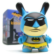 Dunny - Batman - Loose Mystery Mini Dunny Figure: Classic Batman