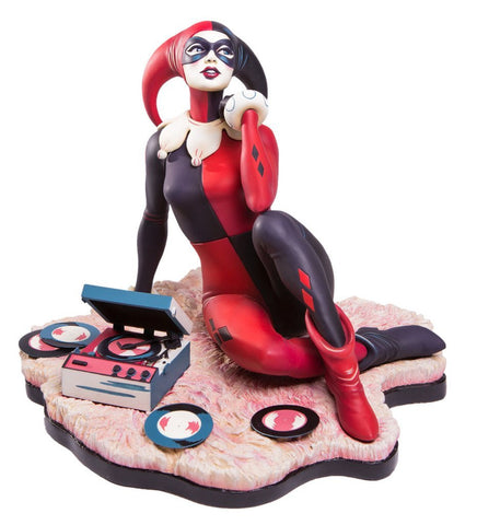 Batman - Waiting for my J Man Harley Quinn Statue - Pre-Order