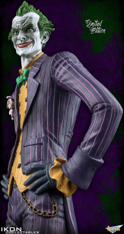Batman: Arkham Asylum - The Joker Limited Edition 1:6 Scale Statue