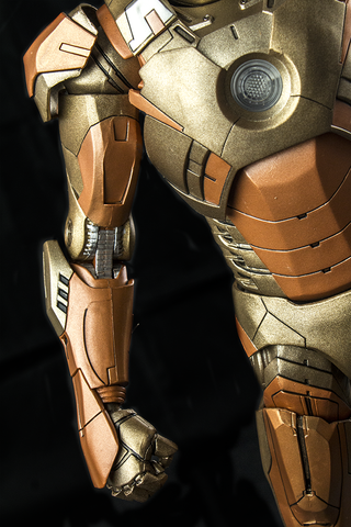 "Avengers - Iron Man Mark XXI Gold 18"" 1:4 Scale Action Figure"