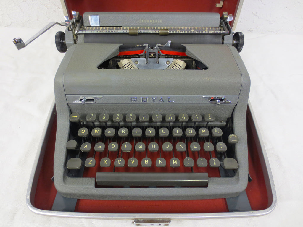 Vintage Royal Citadelle Portable Typewriter with Red Interior Case, Rugged Gray