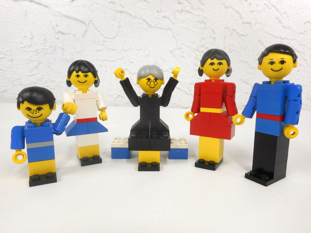 Vintage 1970's Lego Family Playset #200, Complete, Articulated, Boy, Girl, Man, Woman, Grandmother on a Bench