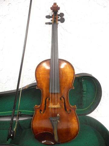 Antique Estate Violin with Bow and Wooden Case, Old Oil Varnish, Aubert Bridge, Poehland Rest, Signed Halus & Bodruger Luthiers