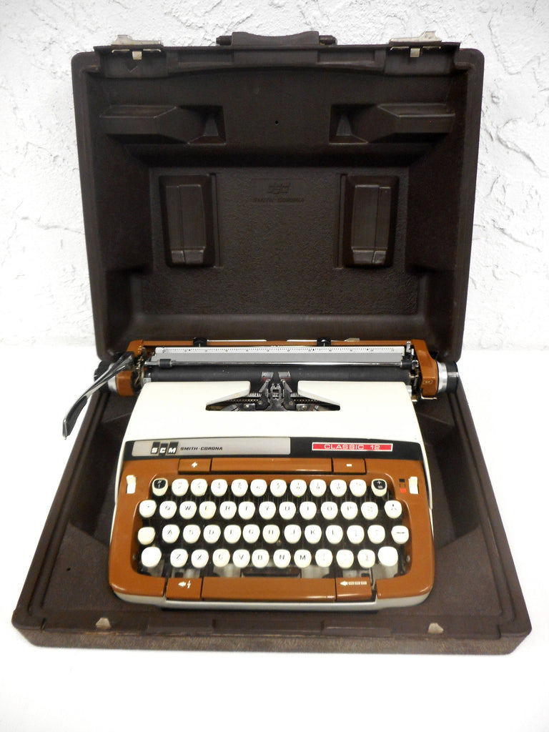 Vintage Smith Corona Classic 12 Portable Typewriter, Two Tone Brown Beige, Retro Mid Century Design, Original Case