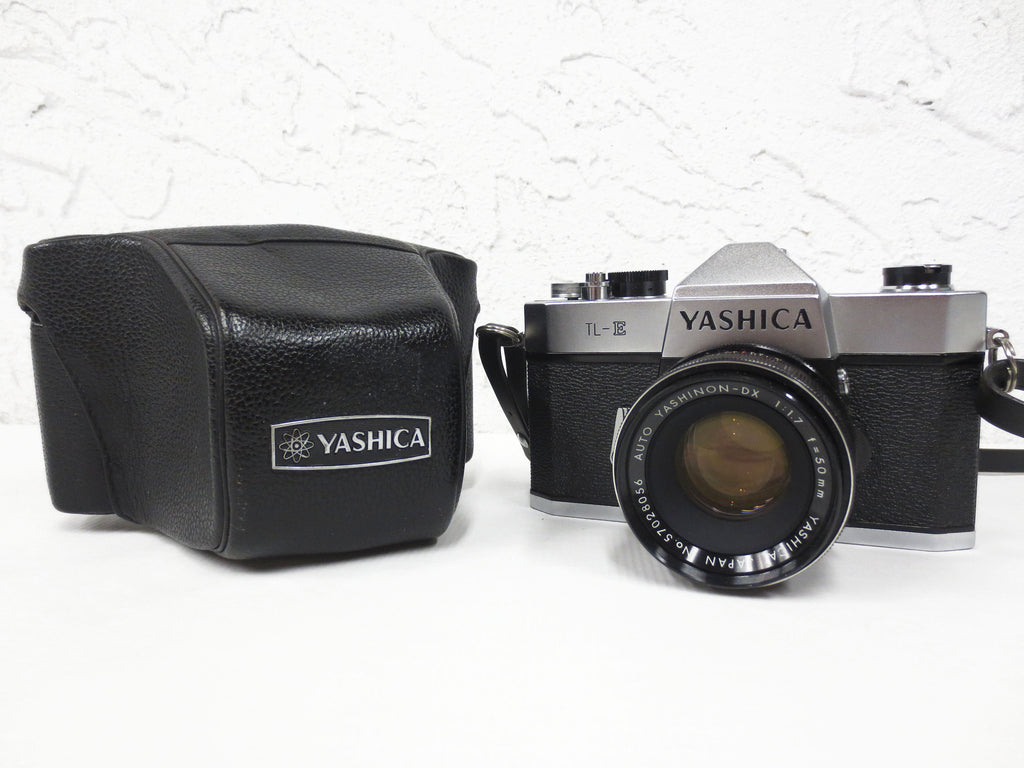 Vintage Yashica 35mm Camera Model TL-E, Auto Yashinon DX 1:1.7 f=50 mm Lens, Original Case, Strap and Cap