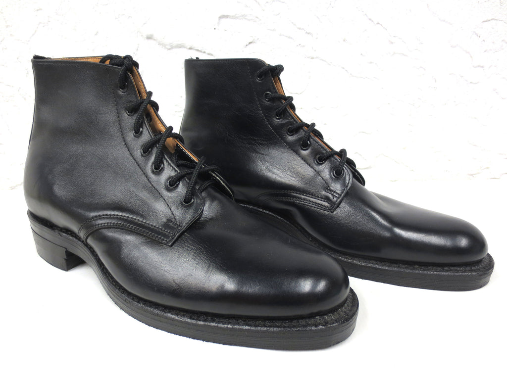 "Vintage New Never Used Military Police Biltrite De Luxe Leather Boots Size 10-10.5, Nitrile-Gum Oil & Acid Resistant, Black, 6.5"" Tall"