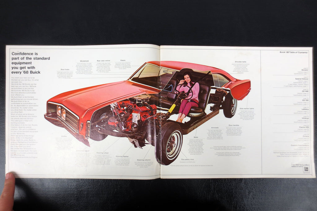 1968 Buick Riviera, Skylark, GS 350, GS 400 and LeSabre Car Brochure Booklet Advertising, 35 pages