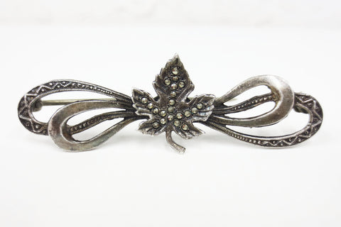 Vintage Danecraft Sterling Silver .925 Brooch with Maple Leaf and Bows