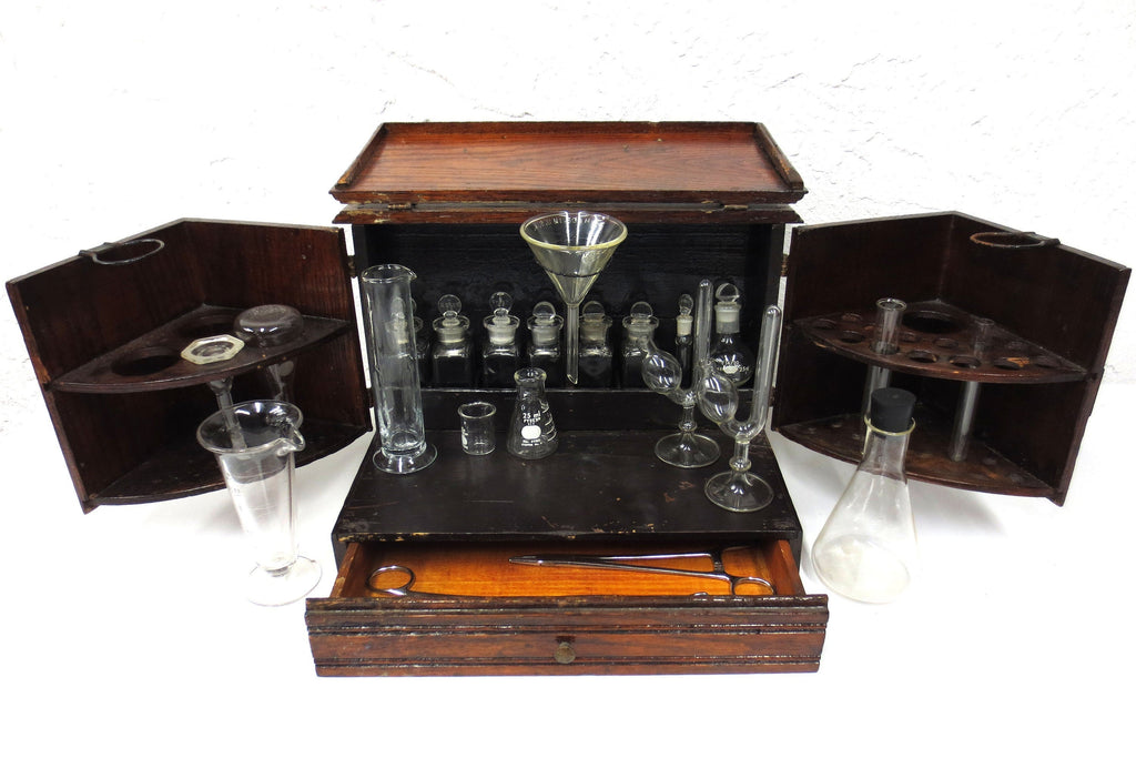 Antique Apothecary Wood Box George Pilling & Son PA, 20 Glass Flasks and Beakers