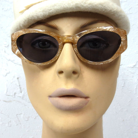 Vintage Louis Vuitton Women Sunglasses with Case, Gold Mesh Motif, 133mm Wide