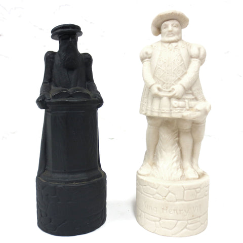 Pair of Vintage Beneagles Chess Piece Decanters John Knox & Henry VIII w/ Tags